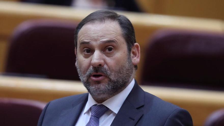 """Renfe suspende su AVE 'low cost' """"al menos a corto plazo"""""""