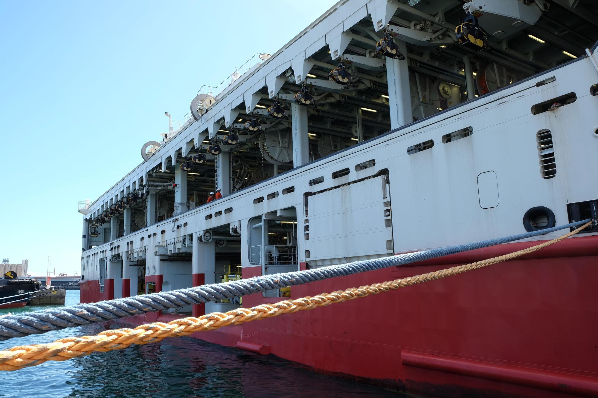 El barco más ancho del mundo, en Las Palmas