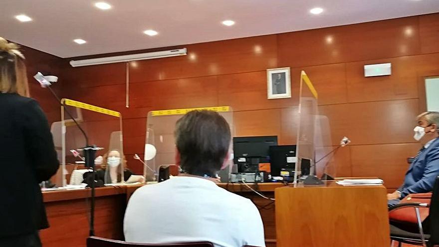 Un agente inmobiliario deja sin piso y sin el dinero de la entrada a una pareja en Zamora