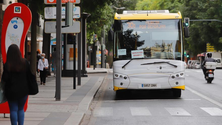 Las líneas de autobús recuperan la normalidad en todas sus líneas desde el viernes 30