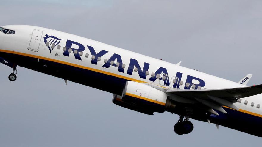 Ryanair mantiene los vuelos entre Reino Unido y España