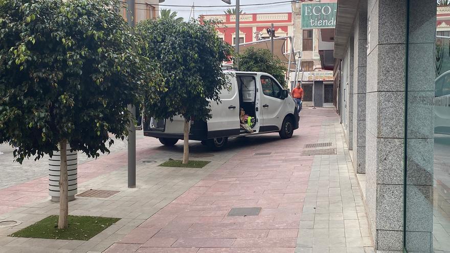 El Consistorio estudia mejorar el uso de las zonas peatonales del municipio