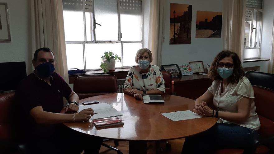 Sanidad asegura a los vecinos del PAU2 que el proyecto del centro de salud está en proceso de contratación