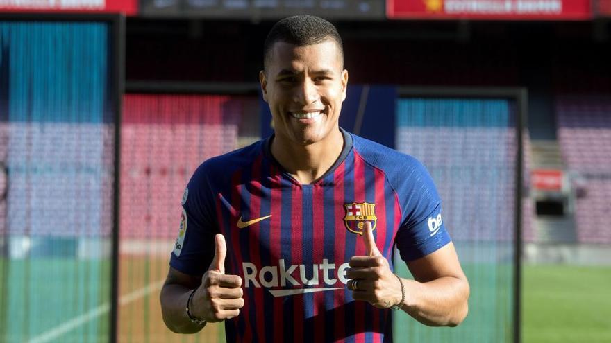 El Barça presenta al valencianista Murillo