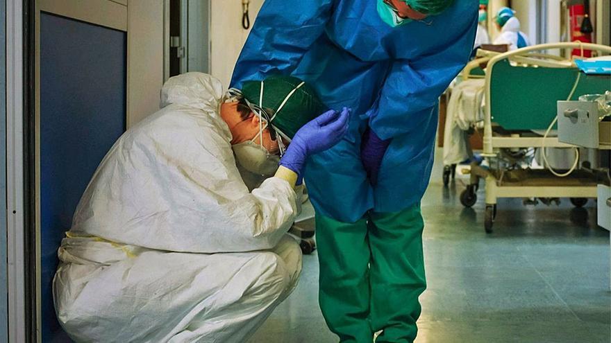 El 80% de los enfermeros de la Región denuncian falta de personal  durante la pandemia