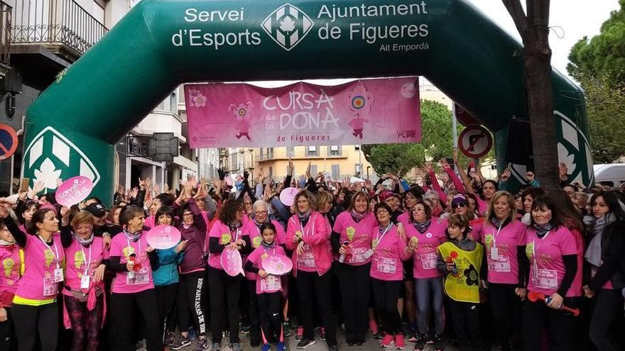 Més de cinc mil persones a la Cursa de la Dona de Figueres