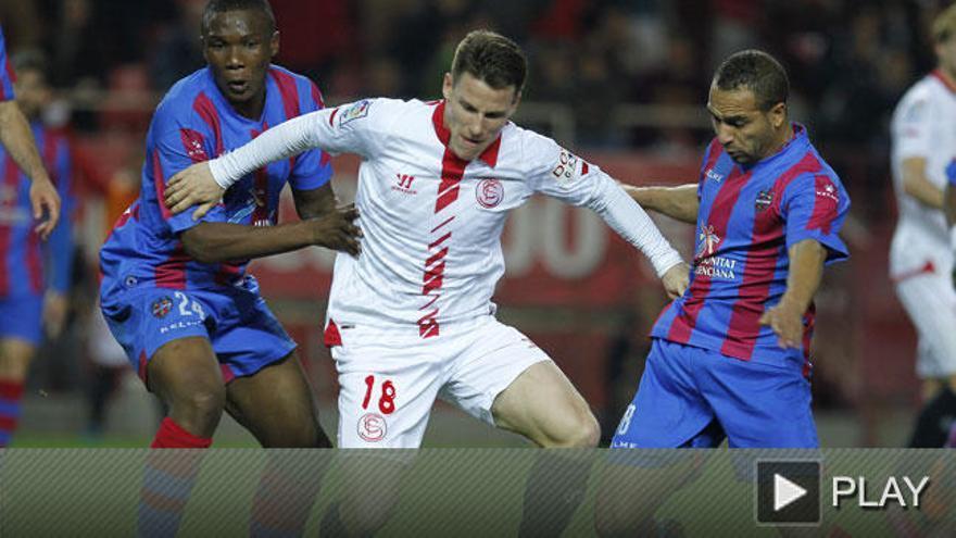 La efectividad del Levante le da los tres puntos en Sevilla