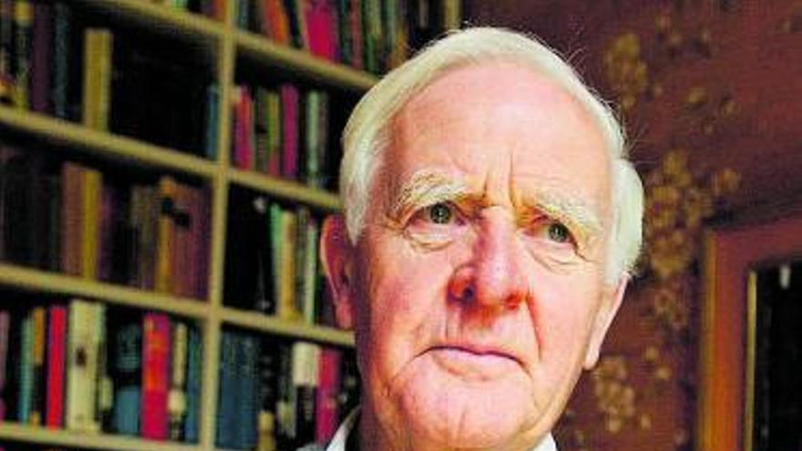 Muere John Le Carré, maestro de las novelas de espías