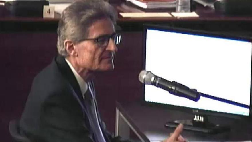 Un exdirectivo de Ferrovial niega comisiones a CDC a cambio de obras públicas