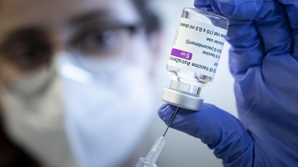 La lentitud en la campaña de vacunación marca la cumbre de líderes de la UE