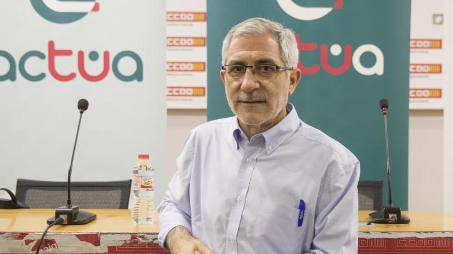 Llamazares quiere ser candidato en Asturias pese a la tensión con Garzón