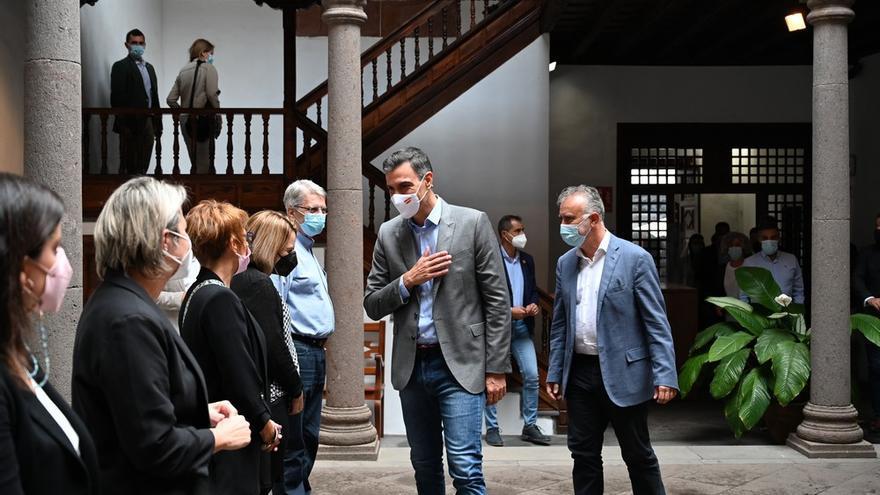 Sánchez se reúne con el Consejo de Gobierno de Canarias