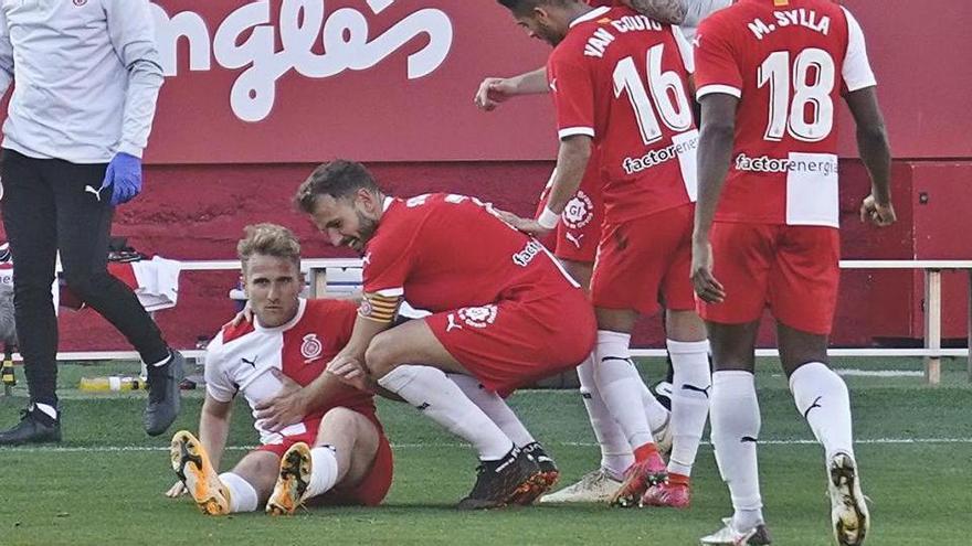 Samu Sáiz es lesiona en el gol però Francisco confia que pugui ser a Vallecas