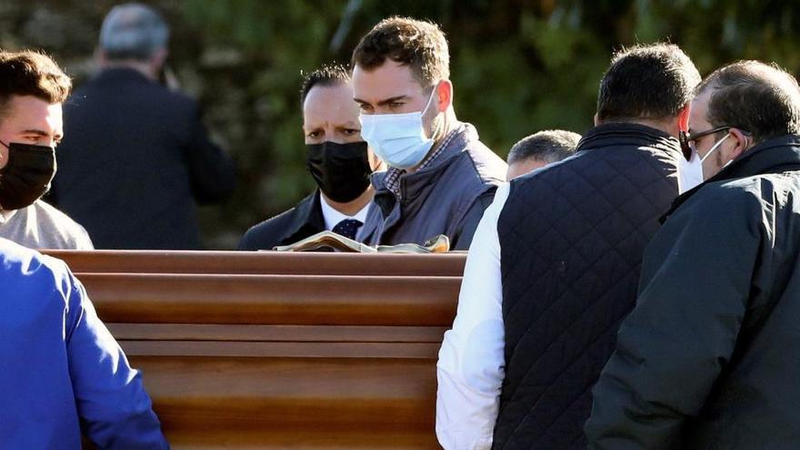Rosario Porto, enterrada en la intimidad en Santiago de Compostela
