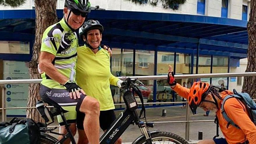 De Finisterre a Palamós en bicicleta per recaptar 6.000 euros per a l'hospital