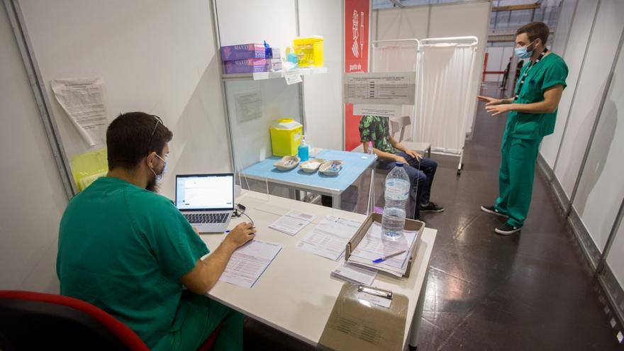 La incidencia del coronavirus en la provincia de Alicante ralentiza su bajada y se queda en 66 casos por 100.000 habitantes