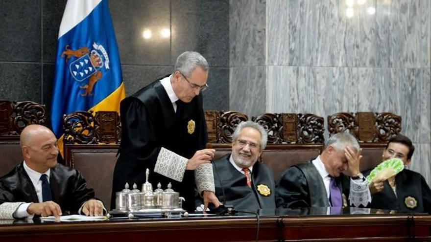 Antonio Doreste dice adiós al TSJC y da paso a tres jueces que aspiran al puesto