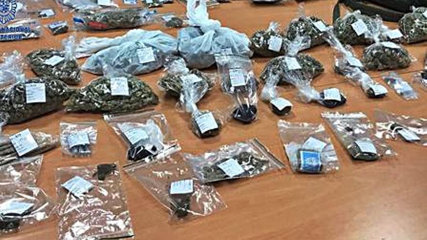 La Policía desmantela un club cannábico donde se vendía droga en Ibiza