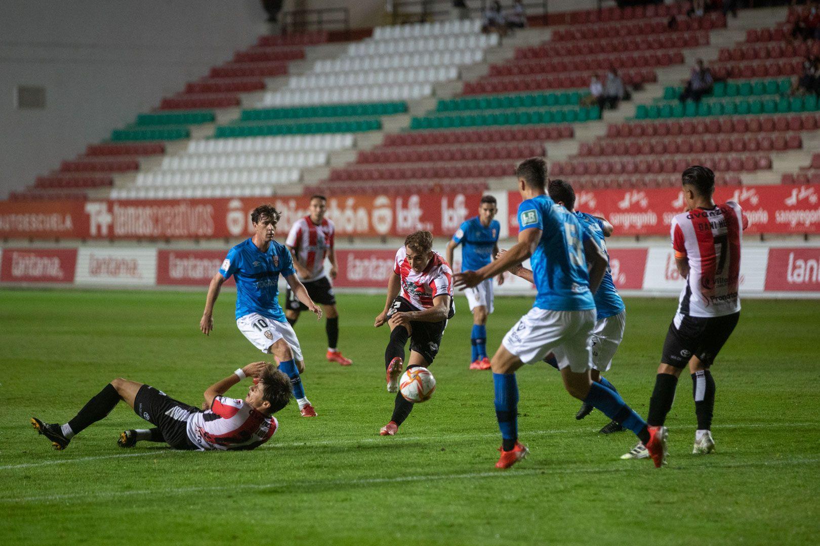 GALERÍA| Las mejores imágenes del partido entre el Zamora CF y el Logroñés