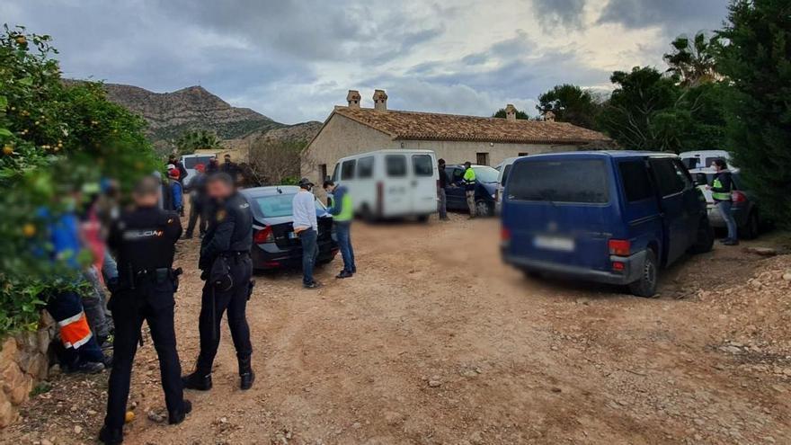 Detienen a 43 personas por explotación laboral en una finca de Torre Pacheco