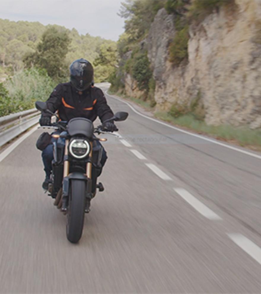 «Anar amb moto sense equipament hauria d'estar castigat»