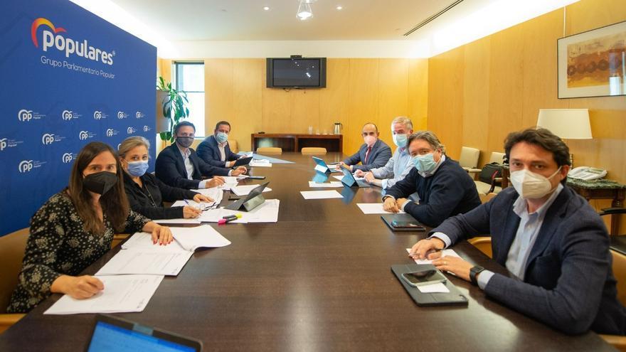 Los diputados nacionales del PP preparan las enmiendas a los Presupuestos a la espera de que se sumen el resto de partidos