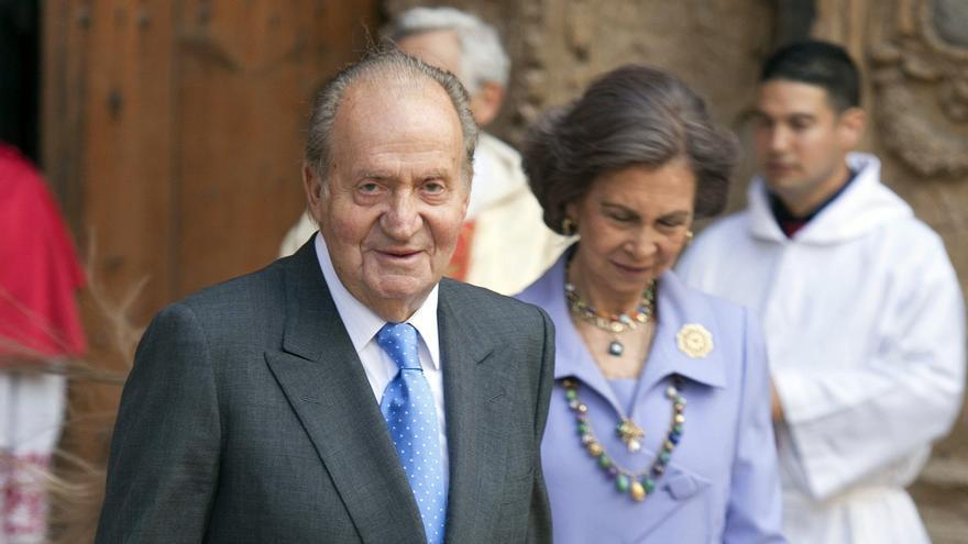 Convocan en Palma una manifestación de apoyo a los reyes Juan Carlos y Sofía