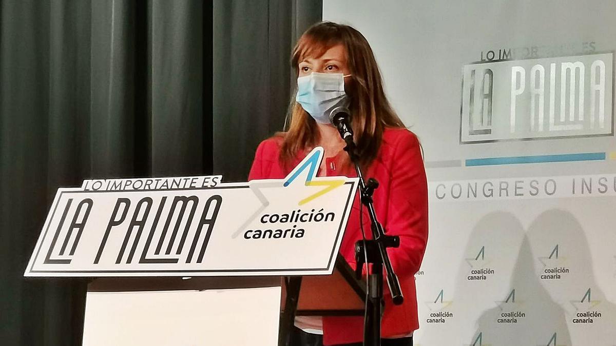 Nieves Lady Barrerto interviene en el Congreso Insular de CC en La Palma. | | E.D.
