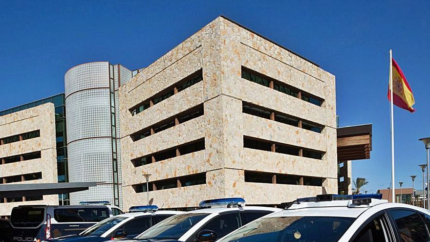 El Ayuntamiento de Ibiza dice que proyecto de carpas para migrantes lo encargó el Consell de Alcaldes