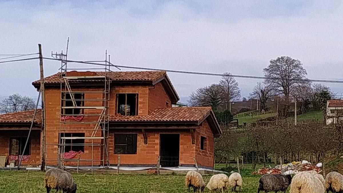 Un xalé en construcción en Siero.