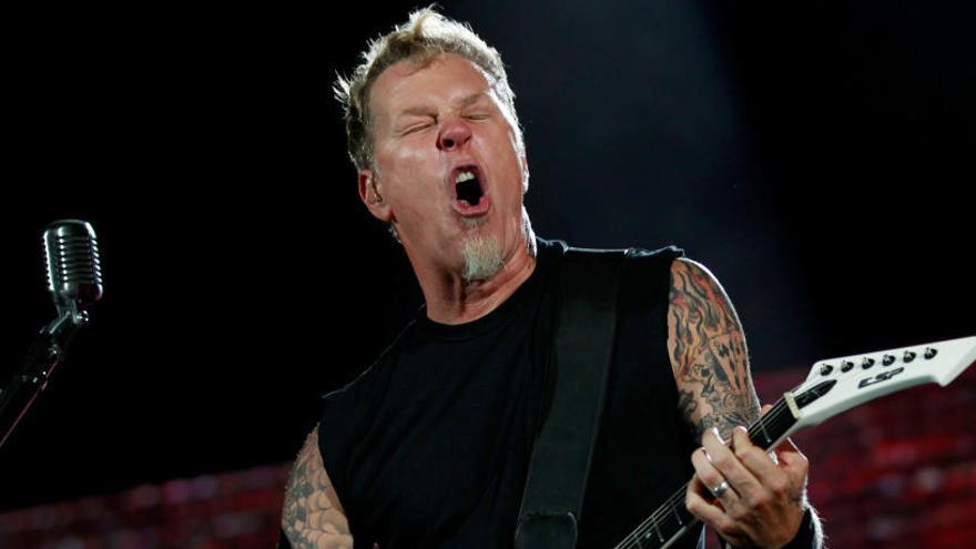Metallica pospone su gira para que James Hetfield vuelva a rehabilitación