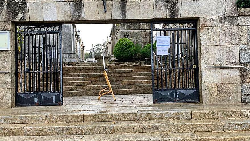 Sanxenxo pide limitar las visitas a los cementerios en Todos los Santos