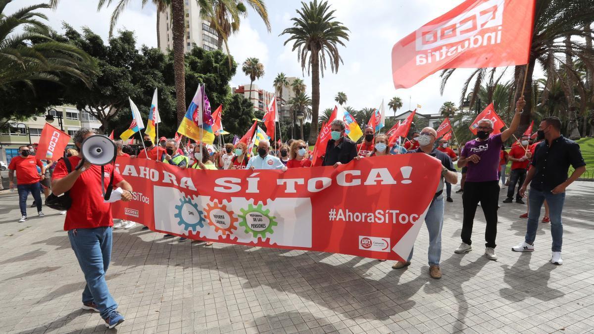 Protestas de la UGT para exigir la subida del salario mínimo profesional.