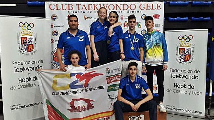 Pleno de medallas del Club Zamorano en Miranda de Ebro