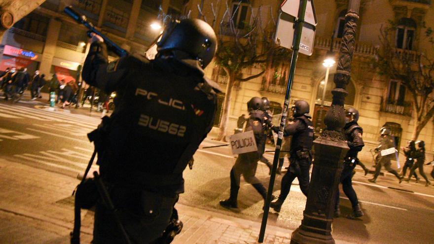 ¿Quiénes hay detrás de los disturbios por Pablo Hasél? Así es el perfil de los detenidos