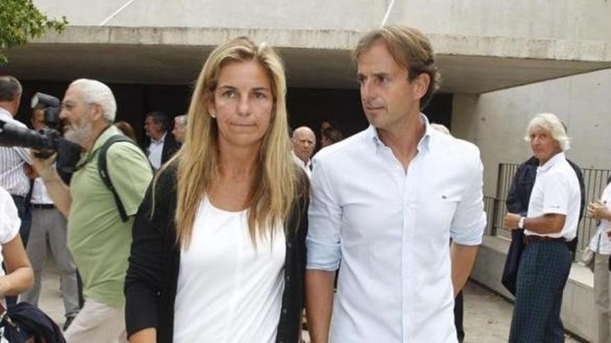 El marido de Arantxa Sánchez Vicario le pide el divorcio