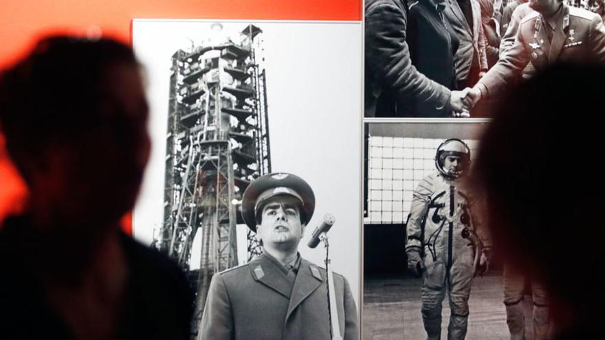 Exposición 'Hors Pistes. La luna, un espacio imaginario por defender' en el Centre Pompidou Málaga