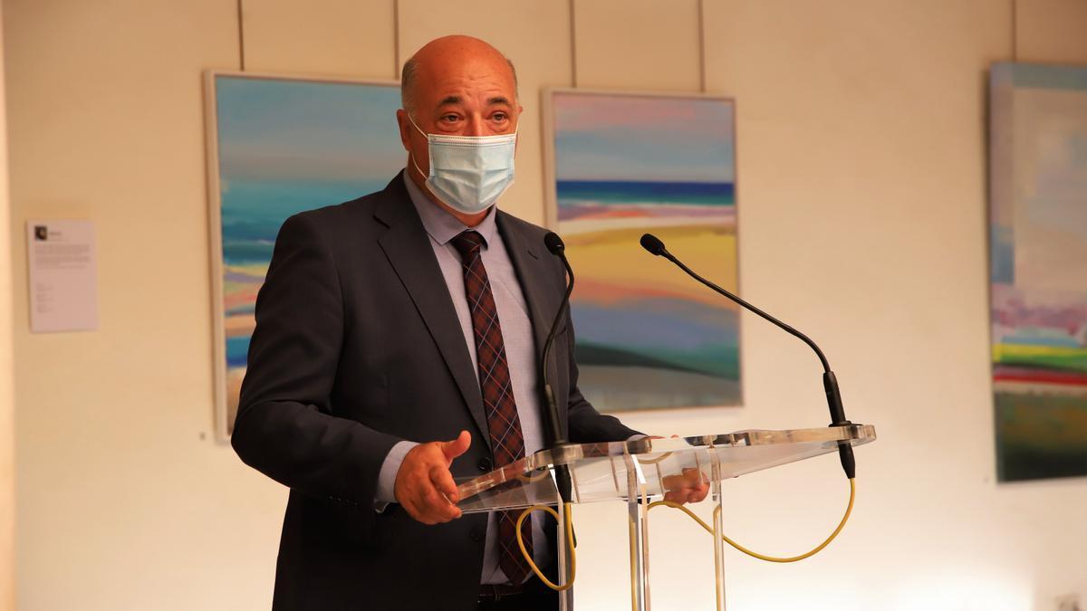El secretario provincial del PSOE, Antonio Ruiz, durante su intervención de ayer.