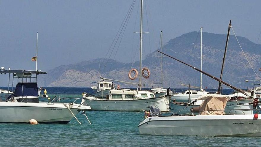 Formentera encarga el proyecto de ejecución de los fondeos en s'Estany des Peix