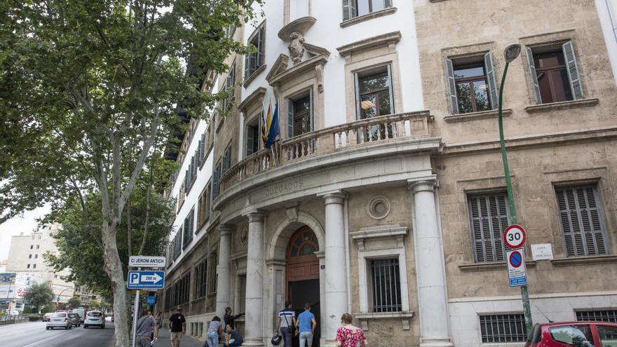 La juez decana de Palma lamenta la imagen de los funcionarios denunciados