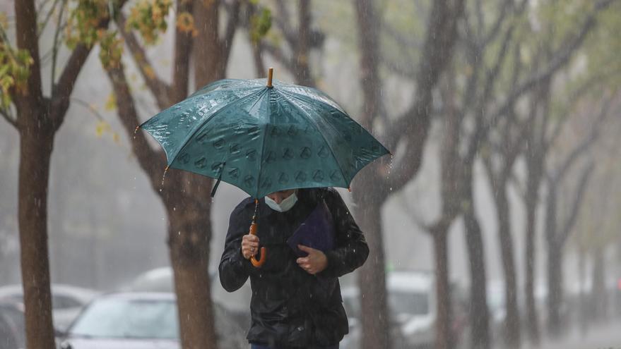 Llega otro temporal con lluvia y mucho viento que desplomará las temperaturas en Valencia