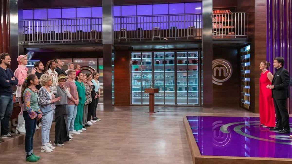 Los concursantes y el jurado de Masterchef Celebrity 6.