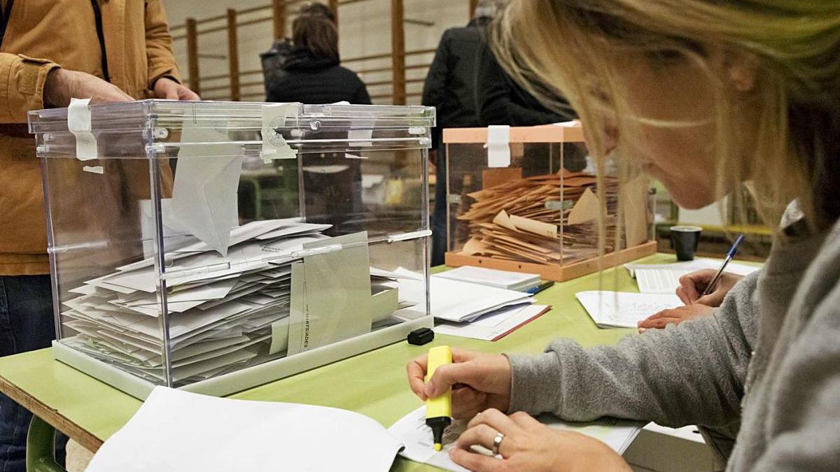 A la Catalunya Central s'han presentat més de 1.200 excuses per no ser aenuna taula el 14-F