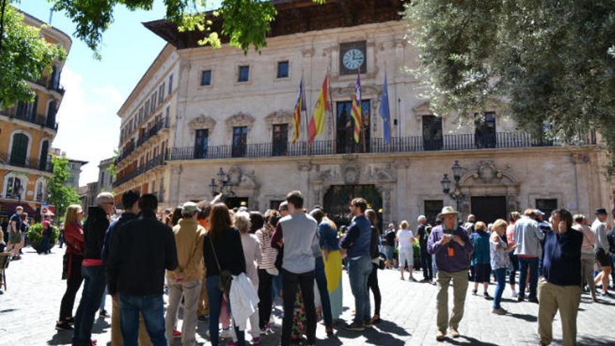 Es gibt wieder Führungen durchs Rathaus Palma
