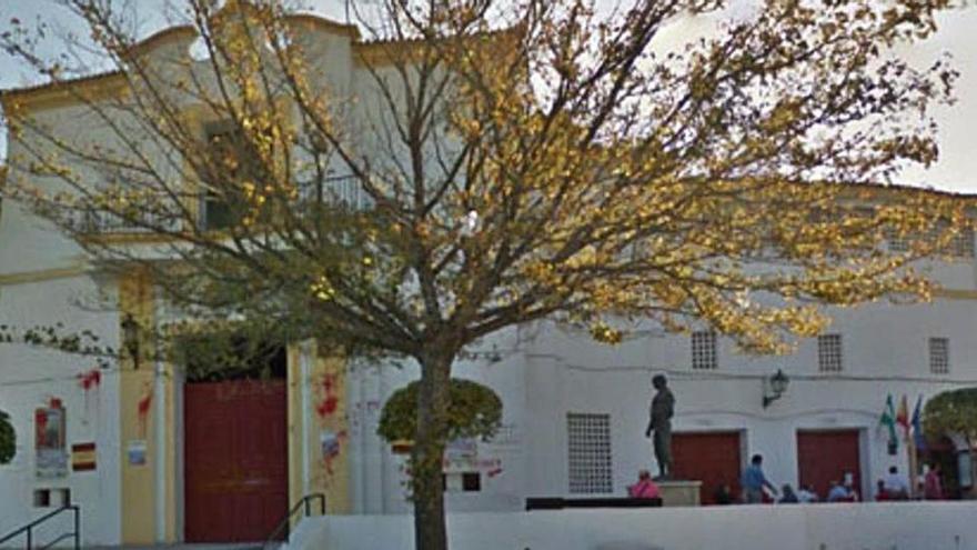 Rehabilitarán edificios de Plaza de Toros con un mural de arte urbano