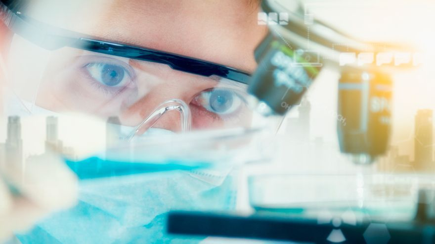 Así nace un nuevo fármaco: descubra qué mueve a los que investigan los nuevos medicamentos