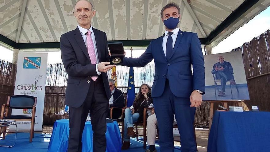 Cabranes completa el homenaje a Enrique Corripio, hijo predilecto del municipio