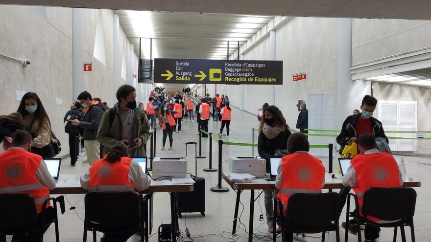 Mallorca gibt Corona-Kontrollen am Flughafen auf (aber nur für Inlandsreisende)