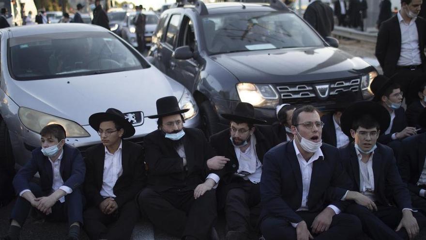 Israel decreta un confinamiento de 14 días ante el aumento de casos de covid