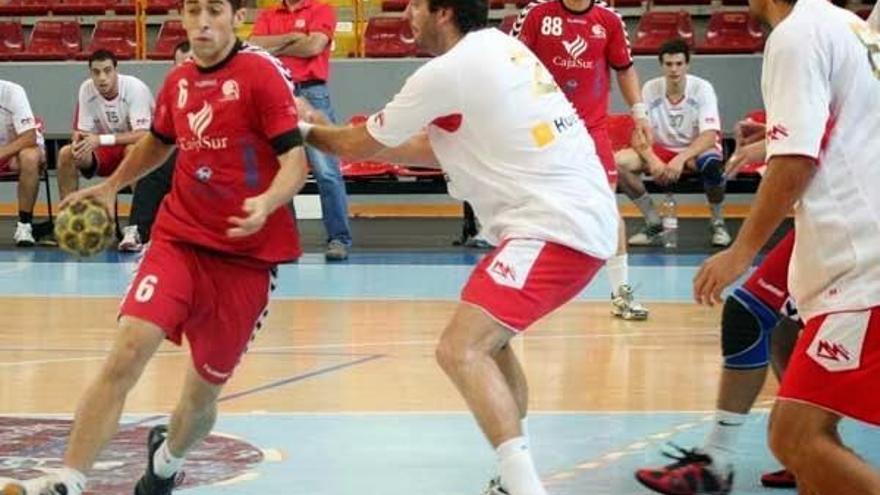 El Cajasur confirma el regreso de Alberto Requena